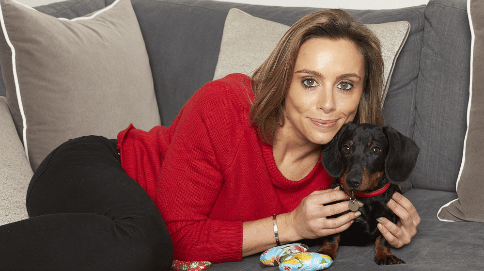 Anna Woolhouse Introduces Her Dog & Talks Boxing Highlights