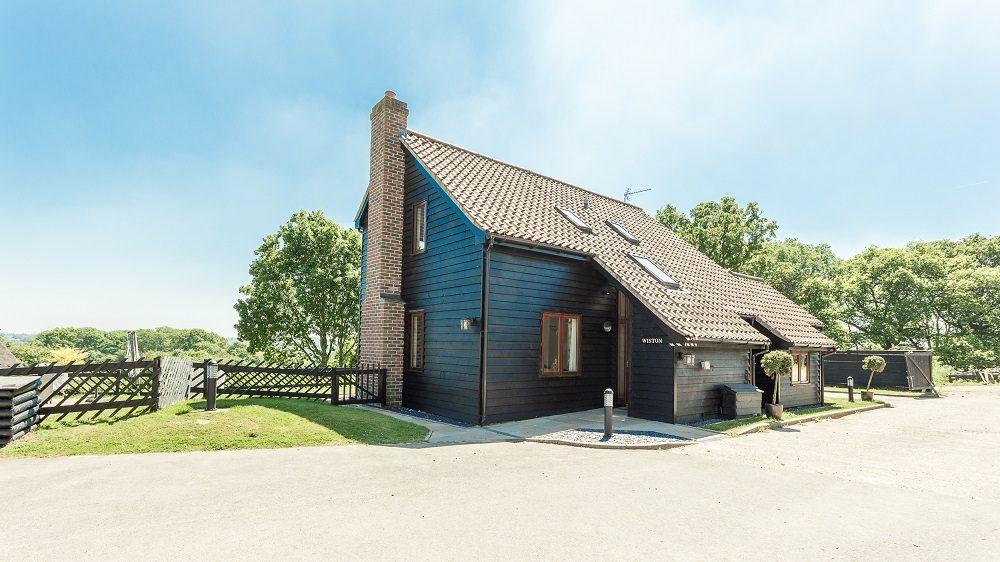 Sarah Jayne Dunn Reviews Gladwins Farm in Suffolk