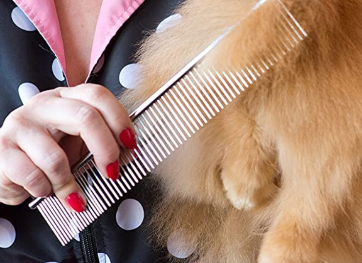 Fine tooth dog grooming comb
